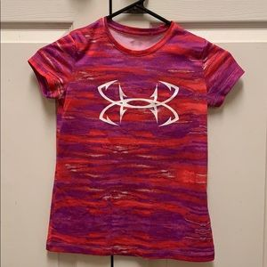 Under armour girl's size 7/8 pink tee